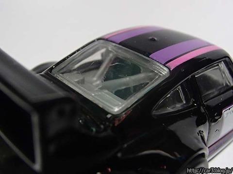Hotwheels_PORSCHE_993_GT2_10