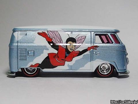 Hotwheels_Volkswagen_TI_Panel_Bus_08
