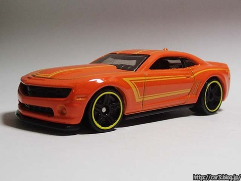 2013_Hotwheels_chevy_CAMARO_SPECIALEDITION_001