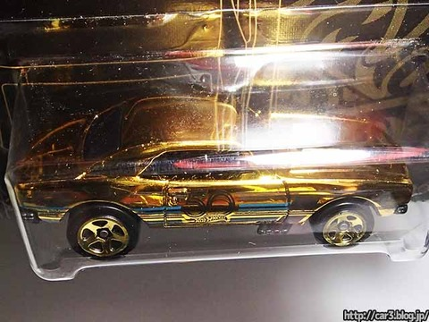 ローソン限定発売ホットウィール50周年ゴールド&ブラック金カマロ05
