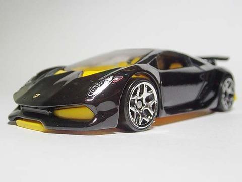 Hotwheels_Lamborghini_SESTO_ELEMENT_04