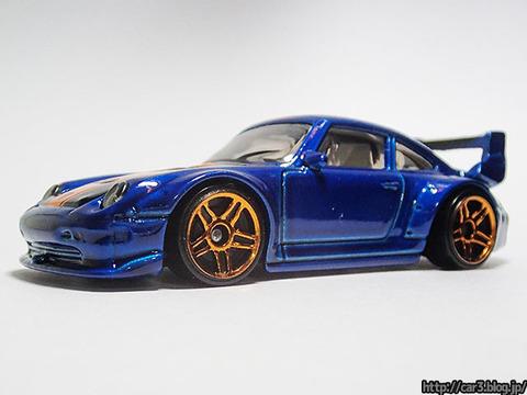 hotwheels_Porsche993_GT2_03