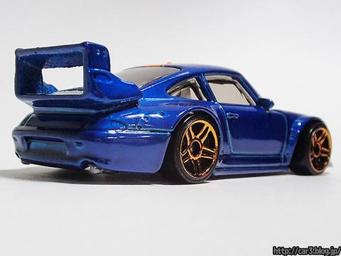 hotwheels_Porsche993_GT2_04