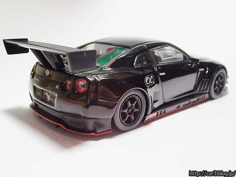 kyosho_NISSAN_GT-R_NISMO_GT3_02