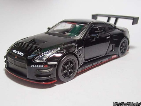 kyosho_NISSAN_GT-R_NISMO_GT3_01