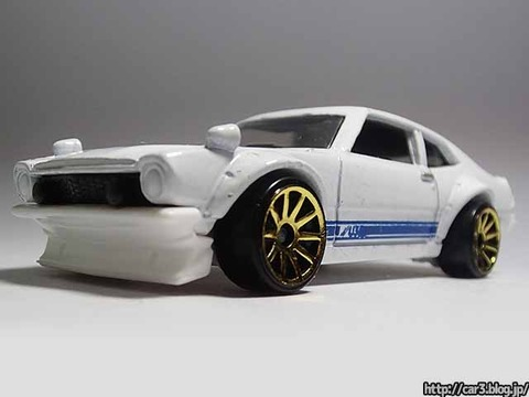 hotwheels_CUSTOM_FORD_MAVERICK_04