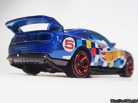Hotwheels_CUSTOM_12_FORD_MUSTANG_04