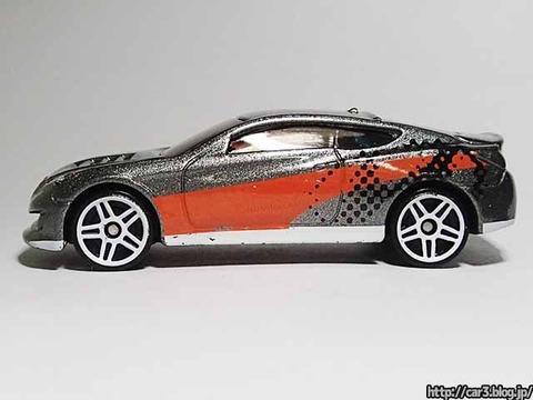 Hotwheels_Hyundai_Genesis_09