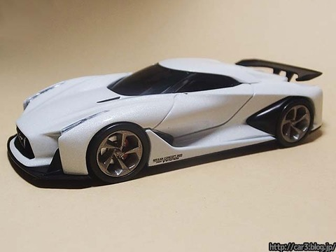 TOMICA_LIMITED_NISSAN_CONCEPT_2020_Vision_Gran_Turismo_03