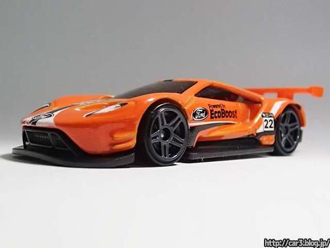 Hotwheels_2016_FordGT_RACE_orange_04