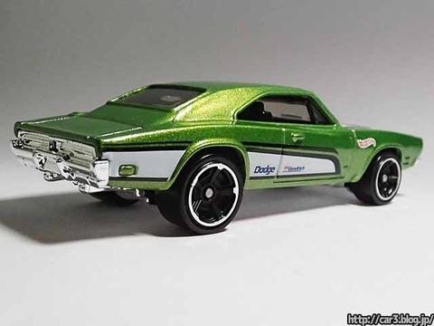 Hotwheels_1969_DODGE_CHARGER500_Green_03