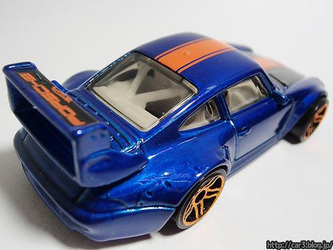 hotwheels_Porsche993_GT2_09