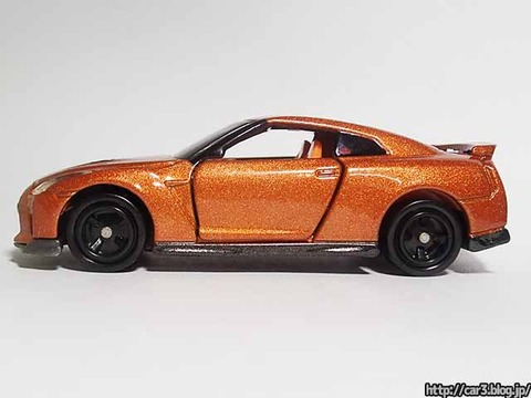トミカ・日産GT-R(R35)_09