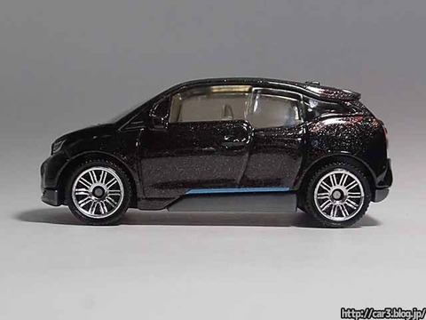 MATCHBOX_BMW_i3_09