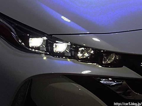 車検でヘッドライトの光軸調整_01