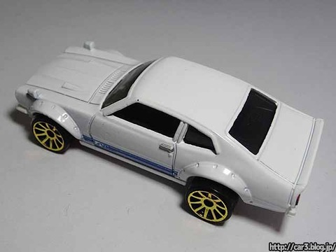 hotwheels_CUSTOM_FORD_MAVERICK_06