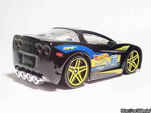 Hotwheels_C6_CORVETTE_TOONED_03