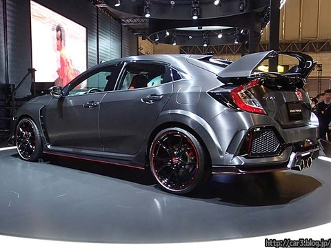 HONDA_CIVIC_TypeR_2017_02