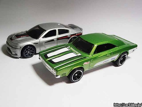Hotwheels_1969_DODGE_CHARGER500_Green_13
